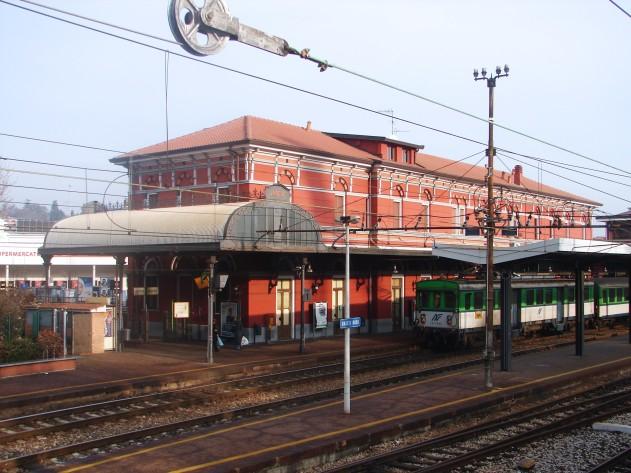 stazione varese